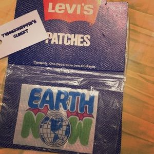 Vintage Accessories - Vintage Levi's earth patch